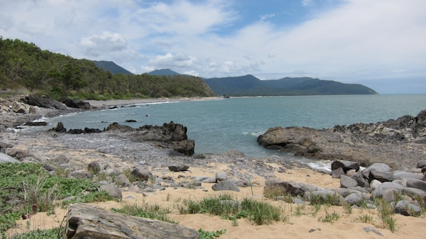 between_cairns_and_cooktown